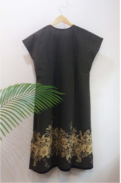 Flower dress Dress The Neem Tree Sonal Kabra Buy Shop online premium luxury fashion clothing natural fabrics sustainable organic hand made handcrafted artisans craftsmen