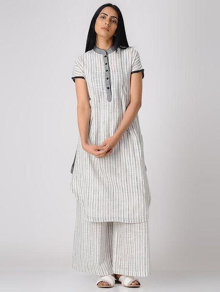Grey comfy kurta Kurta The Neem Tree Sonal Kabra Buy Shop online premium luxury fashion clothing natural fabrics sustainable organic hand made handcrafted artisans craftsmen
