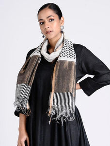 Love for Monochrome Sarees & Stoles The Neem Tree Sonal Kabra Buy Shop online premium luxury fashion clothing natural fabrics sustainable organic hand made handcrafted artisans craftsmen