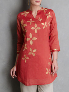 Red flower dress Kurta Sonal Kabra Sonal Kabra Buy Shop online premium luxury fashion clothing natural fabrics sustainable organic hand made handcrafted artisans craftsmen