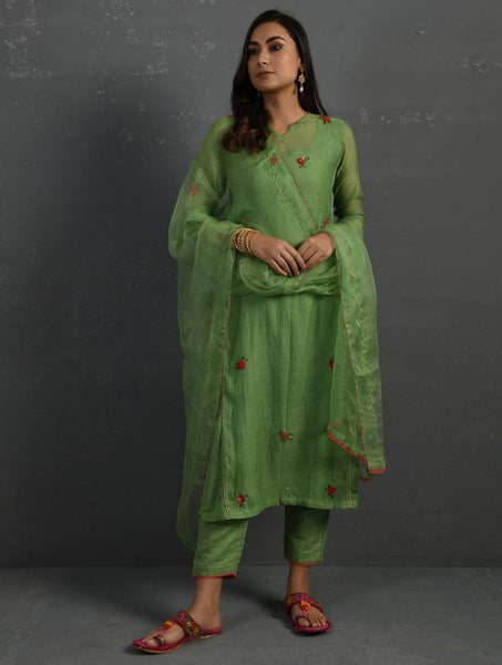 (Set of 4) Green Hand embroidered Kurta Set Kurta Set Sonal Kabra Sonal Kabra Buy Shop online premium luxury fashion clothing natural fabrics sustainable organic hand made handcrafted artisans craftsmen