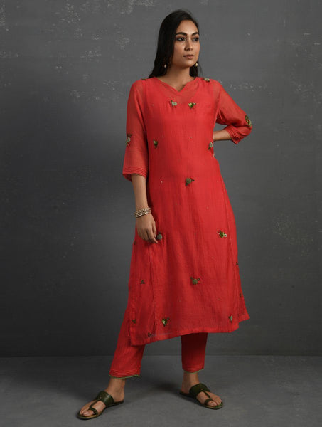 (Set of 4) Pink Hand embroidered Kurta Set Kurta Set Sonal Kabra Sonal Kabra Buy Shop online premium luxury fashion clothing natural fabrics sustainable organic hand made handcrafted artisans craftsmen