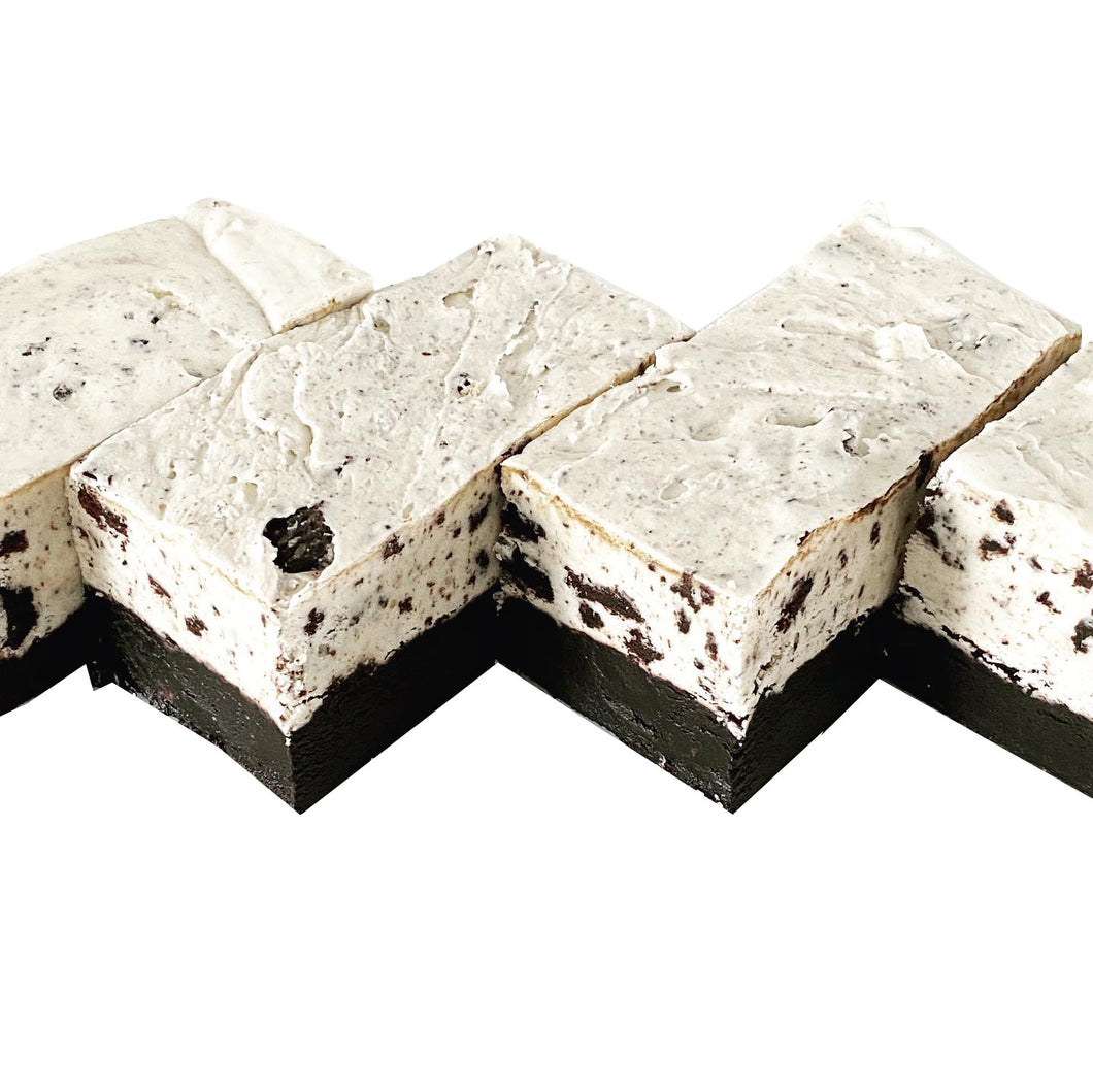 BLACK AND WHITE FUDGE