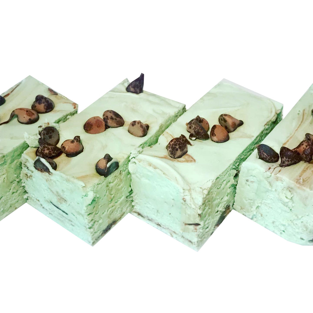 MINT CHOCOLATE CHIP FUDGE