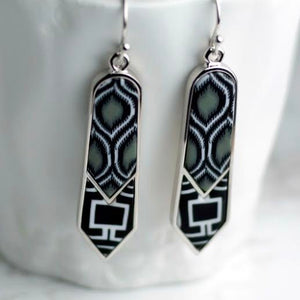 Black White Rhodium Double Arrow Earrings