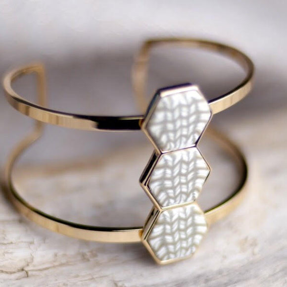 Linen 14K Gold Hexagon Cuff Bracelet