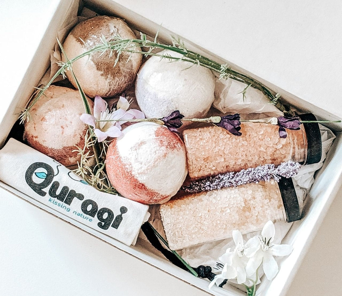 All Natural Bath Bombs and Bath Salts Gift Set