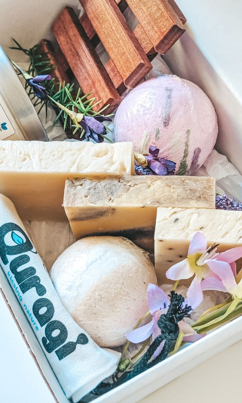 Gift for Mom Gift,  Birthday Gift Box,  Gift Soap Basket, Birthday Gifts For Her, Home Spa, Soap bars, Spa Gift Box for her, Relaxation Gift