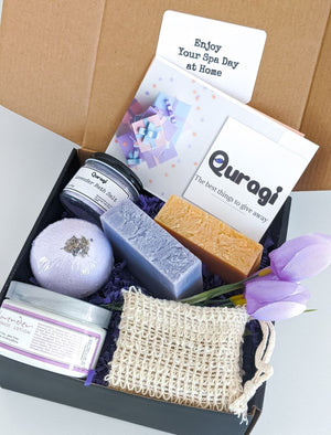 Personalized gifts, Spa Gift Basket,  Bath Soak Gift, Gift for Mom Gift, Birthday gift for Her, New mom gift baske