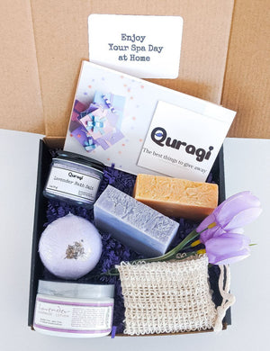 Christmas Basket, Personalized gifts, Spa Gift Basket,  Bath Soak Gift, Gift for Mom Gift, Birthday gift for Her, New mom gift baske