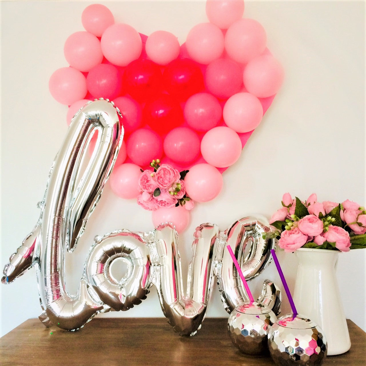 Valentine's Party Blog I How to Make A Cute Heart Shaped Balloon Decorations for Valentines Party I My Dream Party Shop I UK