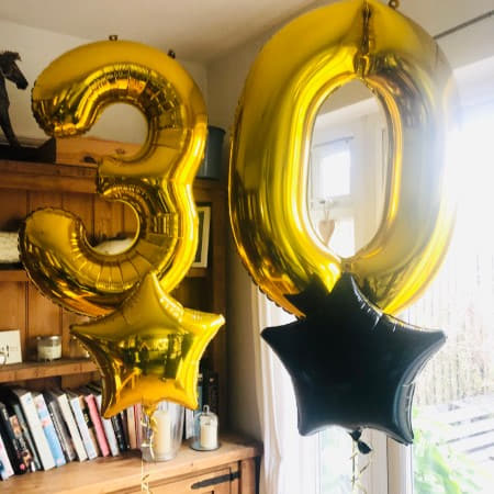 Giant Gold 30th Birthday Balloon Bouquet