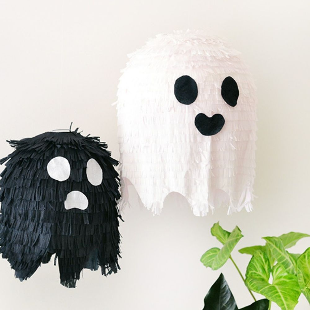 DIY Halloween Ghost Pinata I Halloween Party Ideas During Covid I My Dream Party Shop