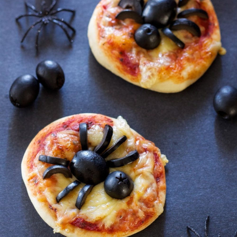 Mini Halloween Spider Pizzas I Halloween Party Ideas During Covid I My Dream Party Shop