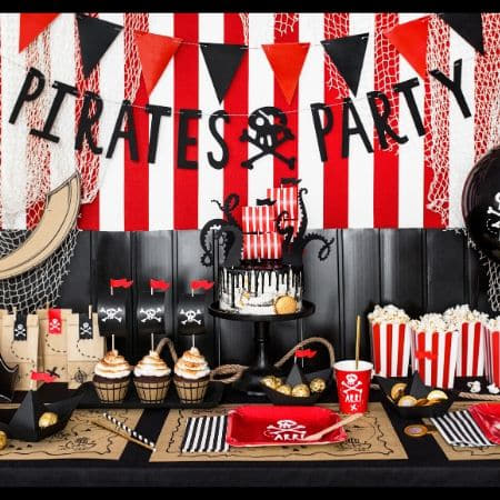 Black Pirate Party Garland I Modern Pirate Party Supplies I My Dream Party Shop UK