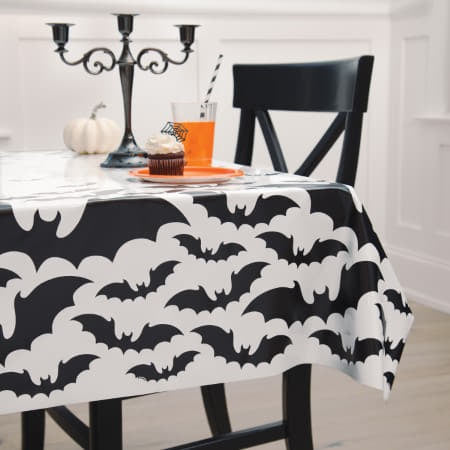 Black and White Bats Tablecover I Modern Halloween Party Decorations I My Dream Party Shop UK