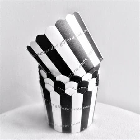 Black and White Striped Baking Cups I Pretty Party Cake Accessories I UK