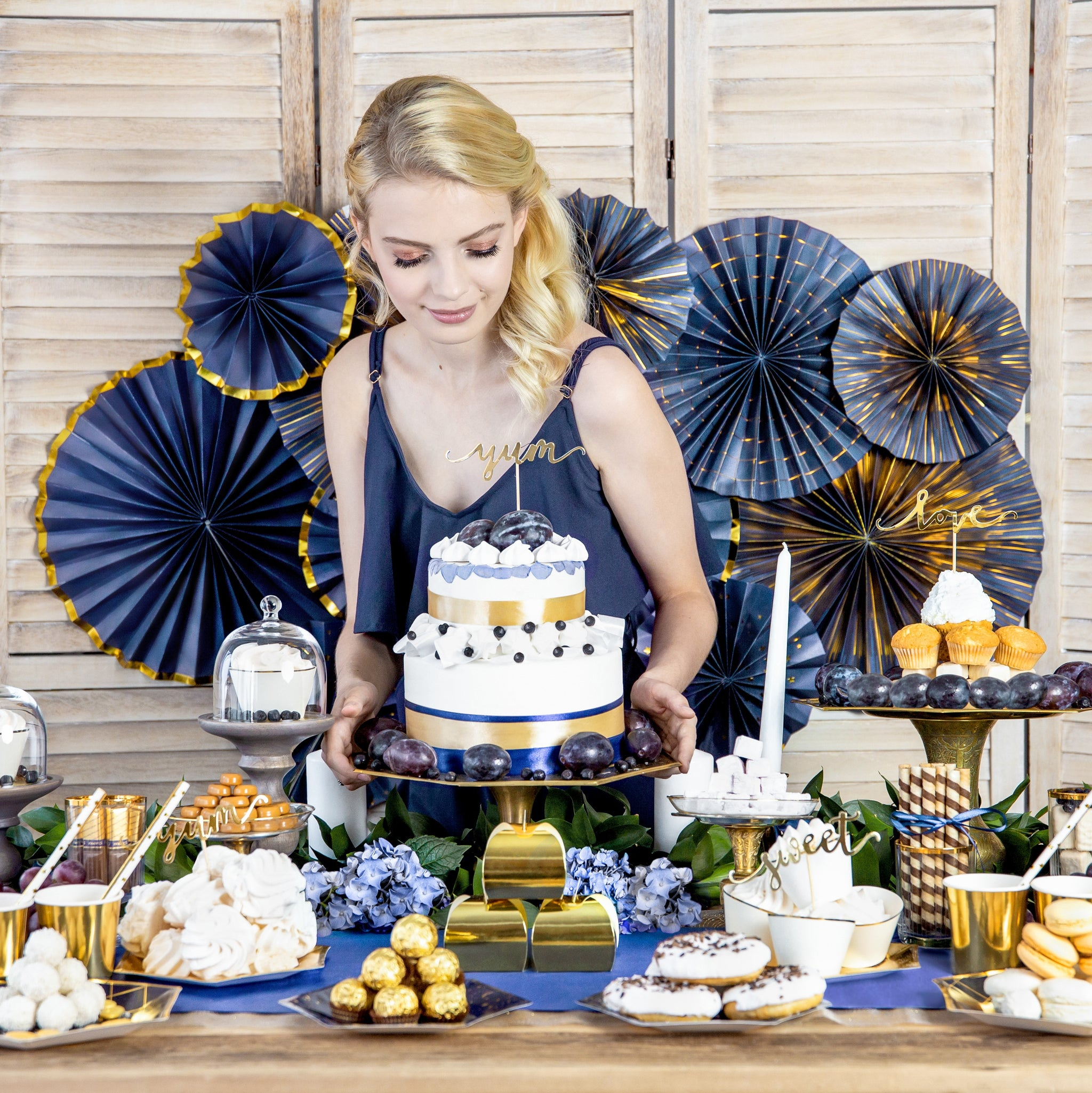 Navy and Gold Splatter Rosette Fans I My Dream Party Shop I UK