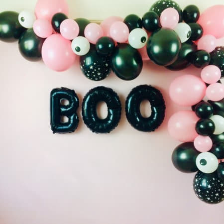 Black and Pink Balloon Garland Cloud Decoration Kit I Modern Halloween Party I My Dream Party Shop I UK