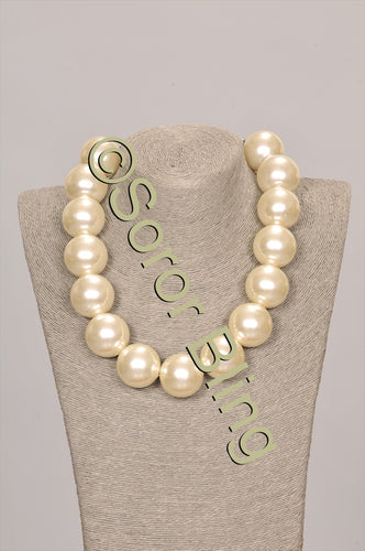 Large One-Strand Cream Pearl Set