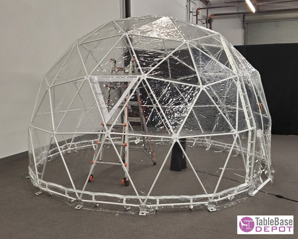 Cold Resistant Extra Thick Clear Cover Steel Geodesic Dining Dome Tent 4M 6 Person V Door Zipper Entrance