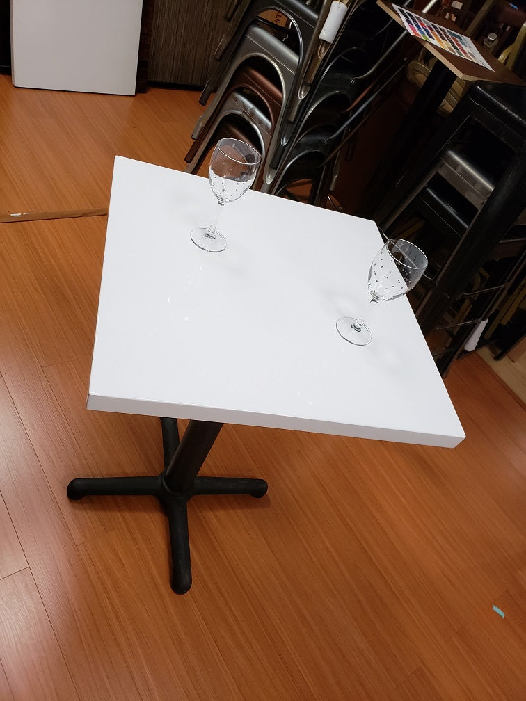 Custom Italian White Resin MDF Restaurant Table Top Indoor
