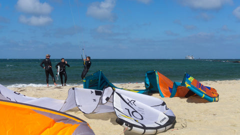 KITEBOARD JETTIES BEACH