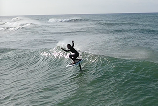 Foil in the Surf