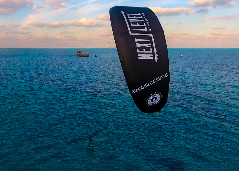 Hydrofoiling with Cisco Brewers Kite in the Bahamas