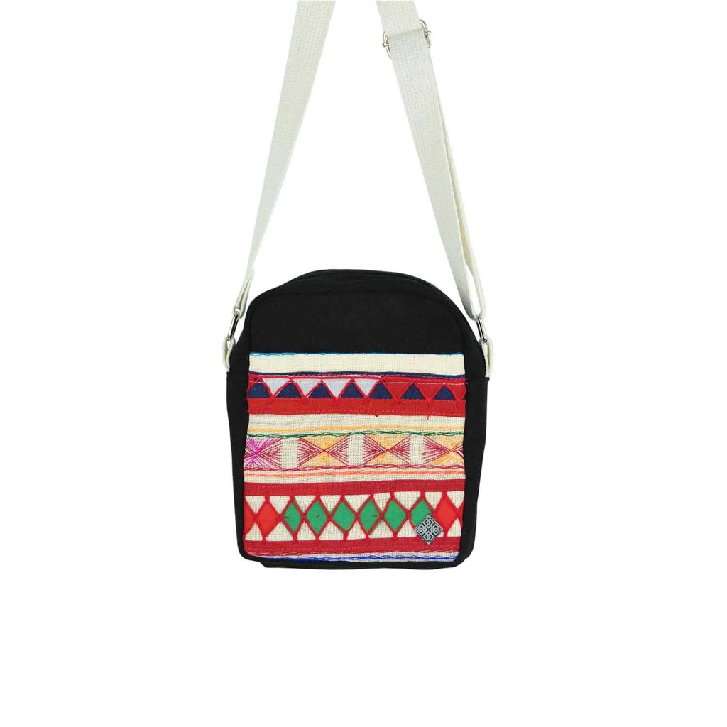 Akha_gürteltasche_Fanny-bag_Fairtrade_Luxembourg_lux_premium_Fashion_hilltribe