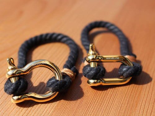 Hemp Bracelets Black and Gold 1 Rope