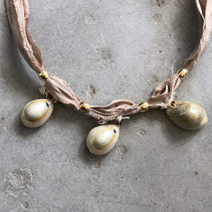 Cowrie Shell Necklace - מטפחות - כיסוי ראש - Aviva Lush tichels, head scarves, volumizers