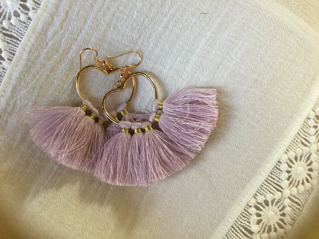 Gold Heart Fringe Earrings - מטפחות - כיסוי ראש - Aviva Lush tichels, head scarves, volumizers