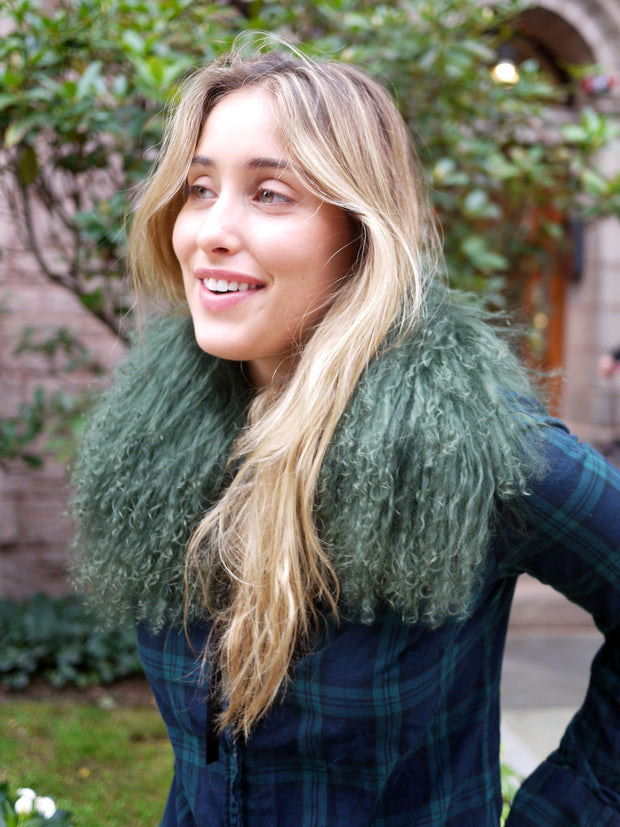 Mongolian Lamb Fur Collar in Olive Green