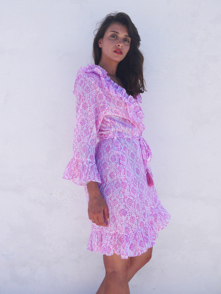 Short Náni Robe in Quatrefoil Pinks