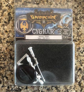 Warmachine PIP92023 CYGNAR Voltaic Vixen Solo Model Kit | Privateer Press - Kickstarted Games