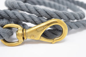 gray rope dog leash