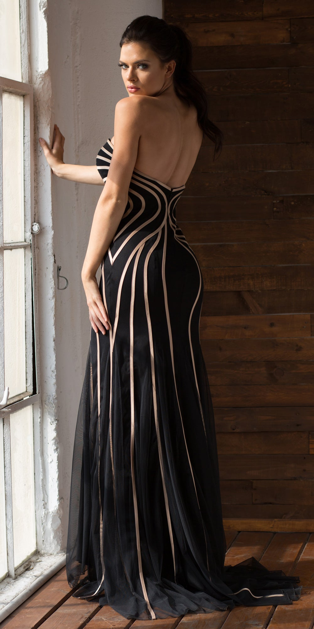 Back image of Strapless Geometric Design Tulle Long Formal Evening Dress