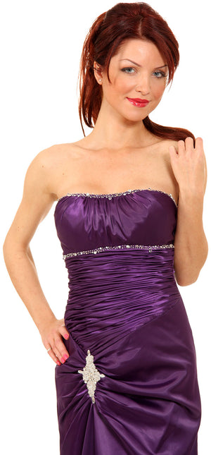 Image of Ruched Bejeweled Fitted Formal Evening Dress in closeup