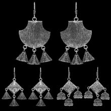 Load image into Gallery viewer, Silver Oxidised Jhumki Earrings