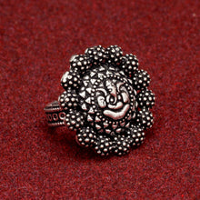 Load image into Gallery viewer, Oxidised Silver Ganesha Design Ring