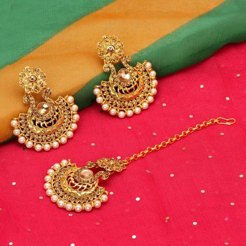 Gold Color Rhinestone Maang Tikka With Earrings (MTKE155GLD)