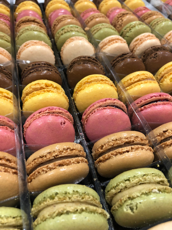 Mini Macarons ~ 6 pieces