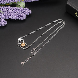 Women Charm Heart Honeycomb Pendant & Necklace