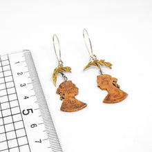 Load image into Gallery viewer, Victoria & Leaf Earrings