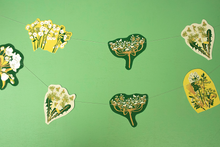 Load image into Gallery viewer, Spring Hedgerow Screen Printed Paper Garland
