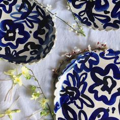 Garland Scalloped Platter