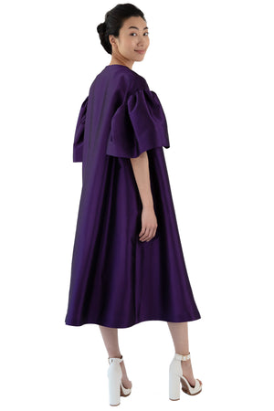 Women's opera coat in purple with belle sleeves