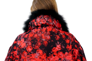 Back of detachable black fox fur collar