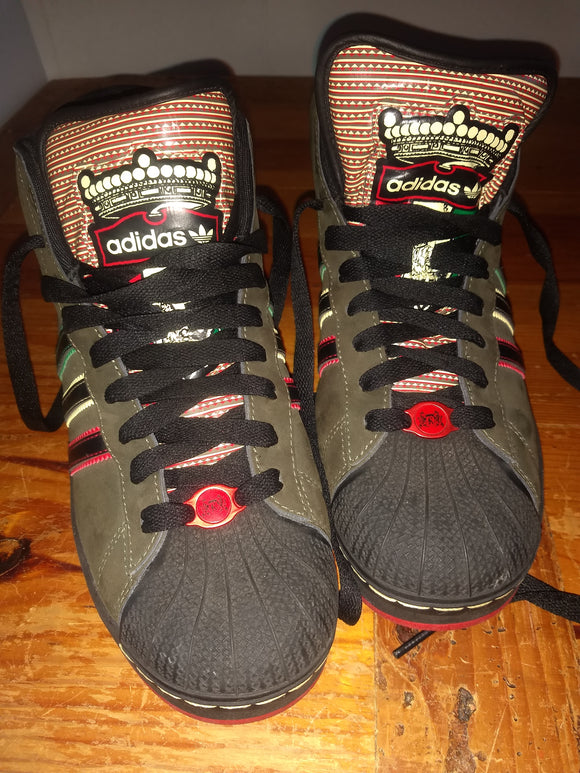 Sports vintage Adidas Jamaica kingston, tennis shoes, sz10.